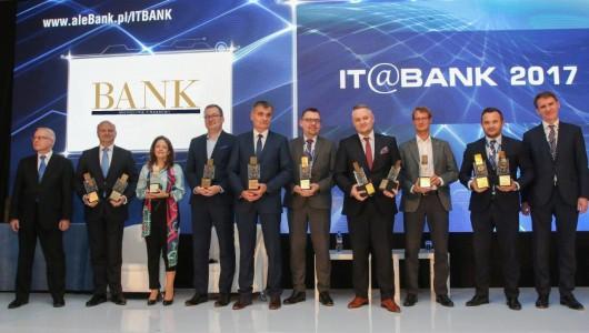 itbank-ranking-2017-laureaci_auto_530x2000